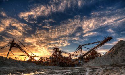 En Colombia ¿la locomotora minera conduce a la paz?