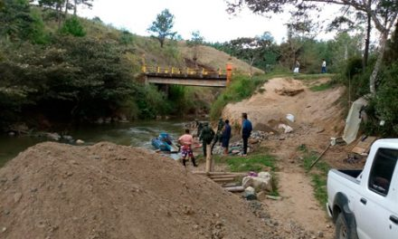 Operativo contra minería ilegal en río Sucio El Tambo